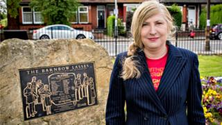 Barnbow Canaries: Telling the stories of WW1 munitions workers - BBC News