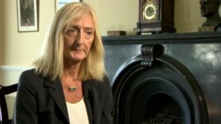 Dr Janine Lynch