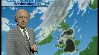 Michael Fish presenting weather in 1989