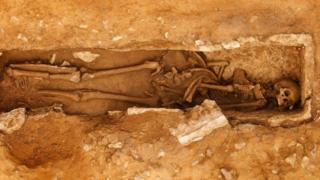 Skeleton of a Roman man unearthed at Woodsford Quarry