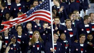 El equipo olímpico de Estados Unidos en la ceremonia de apertura de las Olimpiadas de Río 2016