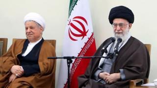 Former President Akbar Hashemi Rafsanjani (L) and Supreme Leader Ayatollah Ali Khamenei