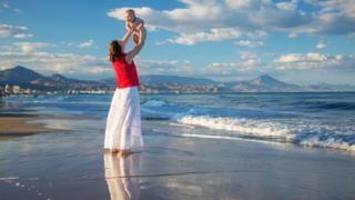 Bebeğiyle bir anne