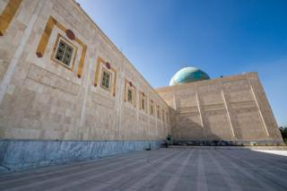 Mausoleum of Ayatollah Khomeini, which houses the tomb of Ruhollah Khomeini and his family in Tehran