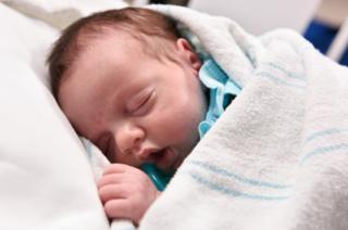 La bebé Lynlee durmiendo