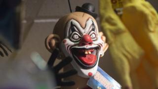 Creepy clown craze: McDonald's mascot to limit appearance