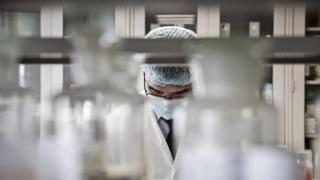 Des scientifiques déclarent qu'ils ont prouvé que la vitamine D peut réduire le risque de rhume et d'autres infections respiratoires.