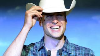 Prince William tips his cowboy hat to Calgary