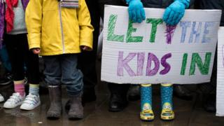Children protesting against the end of the Dubs amendment