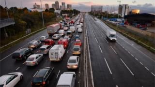 Traffic queues on a main route into London