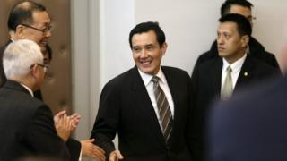 Taiwan President Ma Ying-jeou (C) is greeted by participants before he addresses attendees about South China islands during the Scientific International Seminar on South China inside Howard Civil Service International House in Taipei, Taiwan, 19 January 2016.