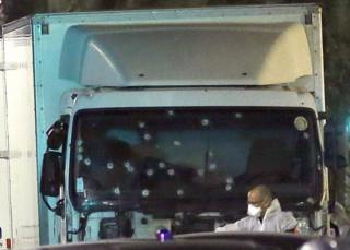 The lorry used in the attack in Nice (15 July)