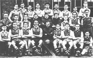 Jack Charlton (middle row, right) with Hirst Park Football team, 1950