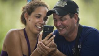 Cuban migrants Annieli de los Reyes and Carlos Mena, Costa Rica, Nov 2015