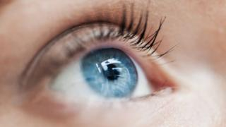 Spotting The Illness That Can Cause Sudden Blindness - BBC News