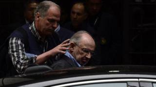 Rodrigo Rato is held by police in April 2015