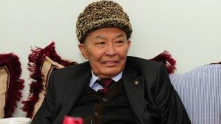 Абдулла Орипов 75 ёшида оламдан ўтган