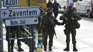Police and soldiers control entrance to Zaventem airport (29 March)