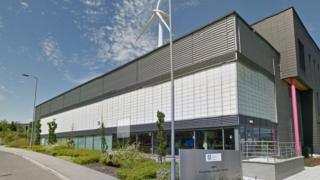 Boeing to open first European factory at Catcliffe – BBC News  94224236 amrc ktc