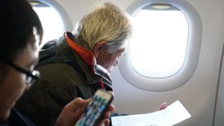 Wang Qi on the flight from Delhi (11 Feb)