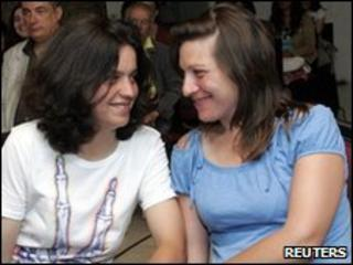 Teresa Pires (left) and her partner Helena Paixao at the registry office in Lisbon on 7/6/2010