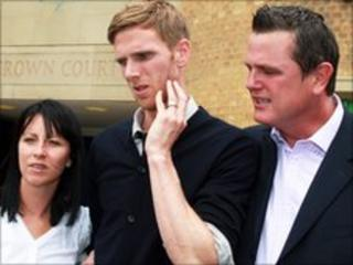 Calum Davenport with wife Zoey and father Curtis
