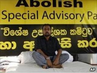 Wimal Weerawansa prepares to start his hunger strike