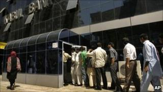 Queue of customers at Kabul Bank branch in Kabul, Afghanistan - 4 September 2010