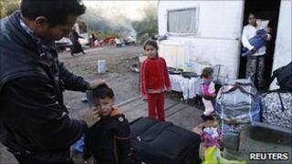Roma family at Villeneuve dAscq, northern France, 16 Sep 10