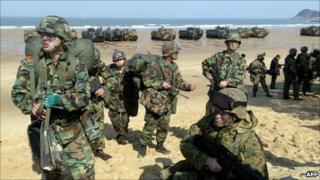 File image of US and South Korean troops taking part in a military exercise south-west of Seoul, March 2006