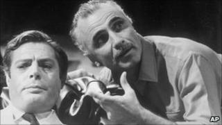 Mario Monicelli (right) directing Marcello Mastroianni (left)