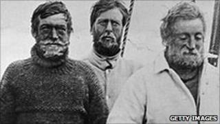 Ernest Shackleton and crew