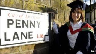 Mary-Lu Zahalan-Kennedy, Beatles graduate