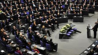 Zoni Weisz addresses the Bundestag, 27 January