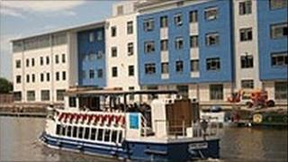 The new dockside campus