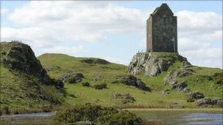 Smailholm Tower - Undiscovered Scotland