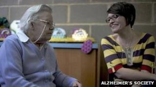 Generic photo of an Alzheimer's volunteer and sufferer