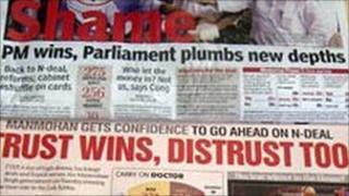 News headlines of the 2008 confidence vote