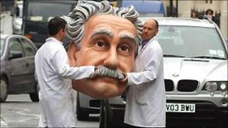 Giant Einstein head
