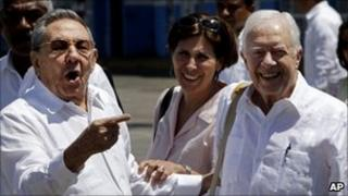 Cuban President Raul Castro and former US President Jimmy Carter