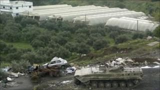 A tank in Baniyas, 10 April