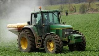 Tractor spreading chemical fertiliser (Image: BBC)