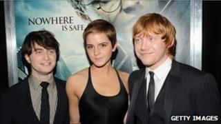 Actors Daniel Radcliffe; Emma Watson and Rupert Grint attend the premiere of 'Harry Potter and the Deathly Hallows'
