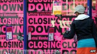 Shop advertising a closing down sale