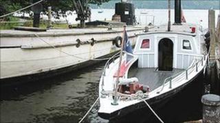 The boat Esperance