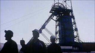 Mid-Glamorgan mine, 1989