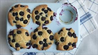 Paul Hollywood's blueberry muffins