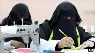 Saudi seamstresses in a factory in Jeddah (file picture)