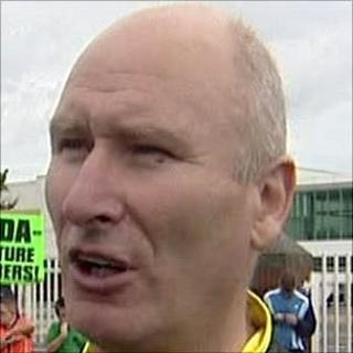Billy Hutchinson