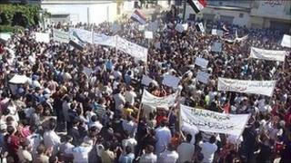 Protest in Hula, near Homs. 14 Oct 2011